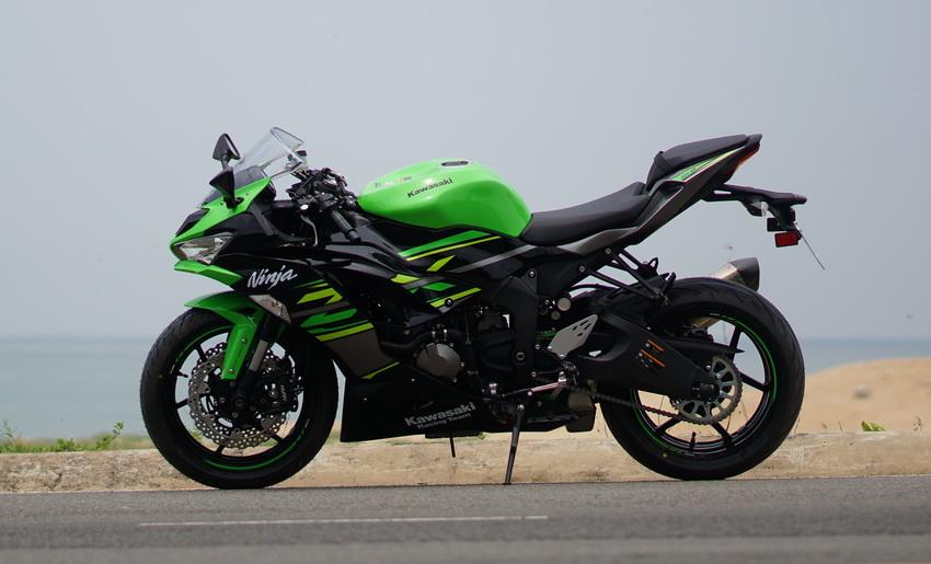 Cận cảnh mẫu xe môtô Kawasaki Ninja ZX-6R 2019 mới về Việt Nam - 50