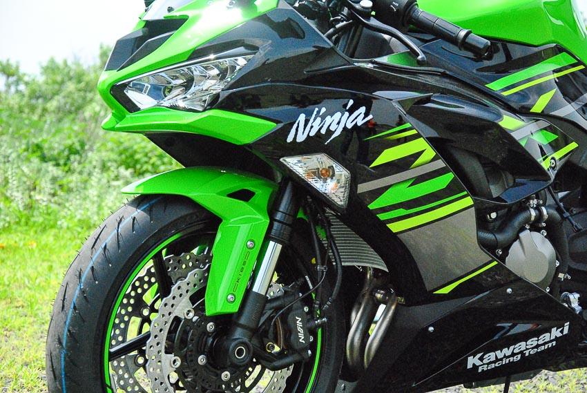 Cận cảnh mẫu xe môtô Kawasaki Ninja ZX-6R 2019 mới về Việt Nam - 9
