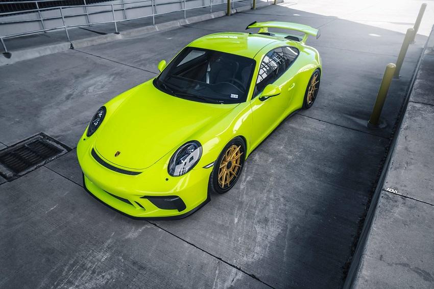 Phiên bản Porsche 911 GT3 màu xanh Acid Green - 10