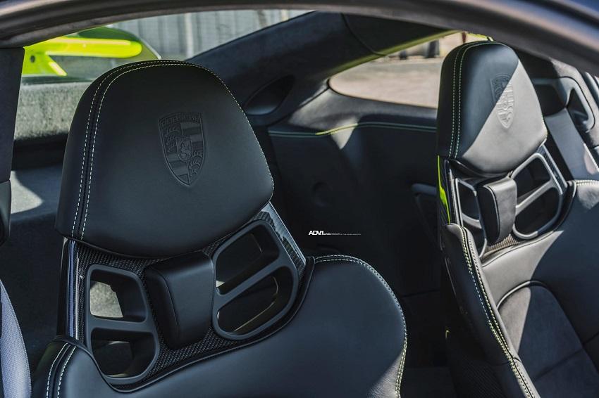Phiên bản Porsche 911 GT3 màu xanh Acid Green - 7