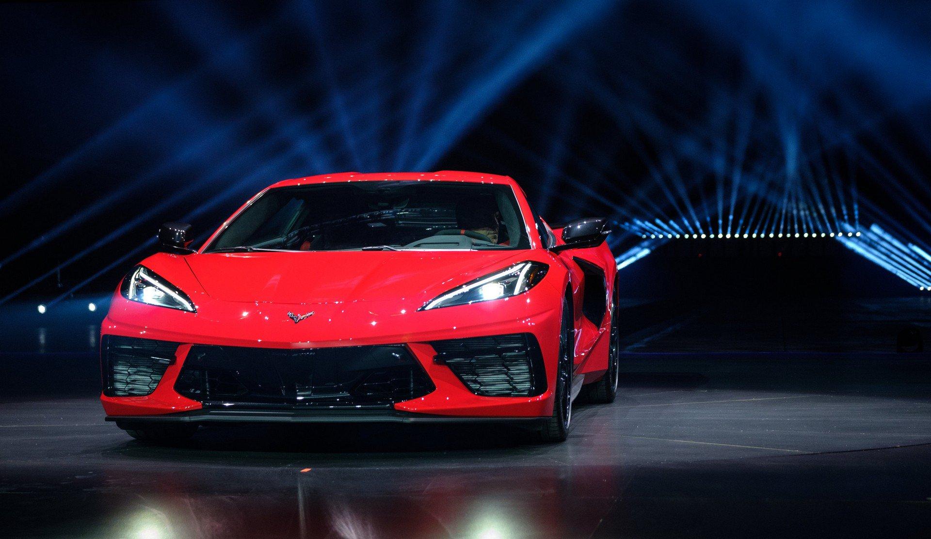 Chevrolet ra mắt Corvette C8 thế hệ mới thiết kế táo bạo, động cơ đặt giữa - 18