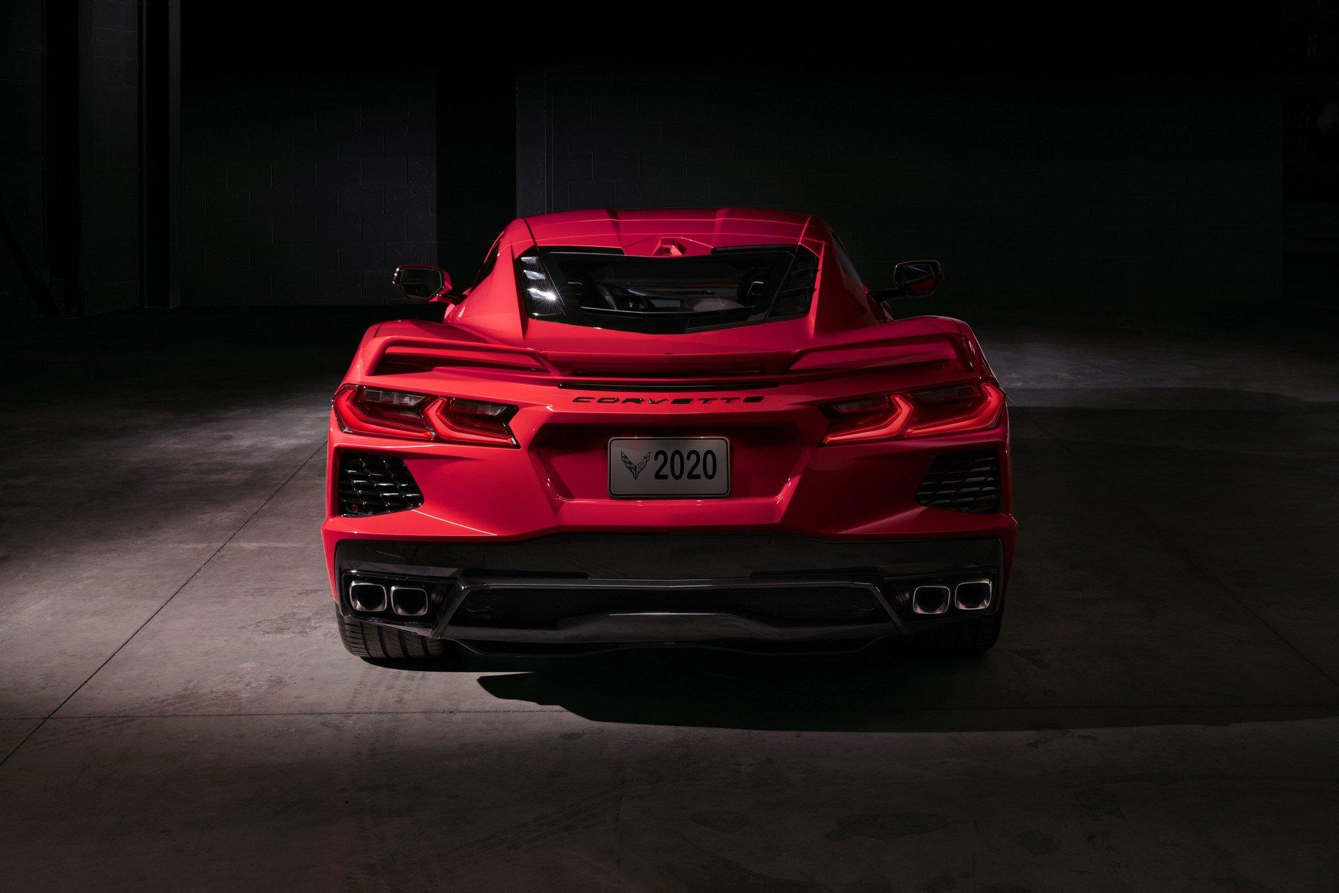 Chevrolet ra mắt Corvette C8 thế hệ mới thiết kế táo bạo, động cơ đặt giữa - 33