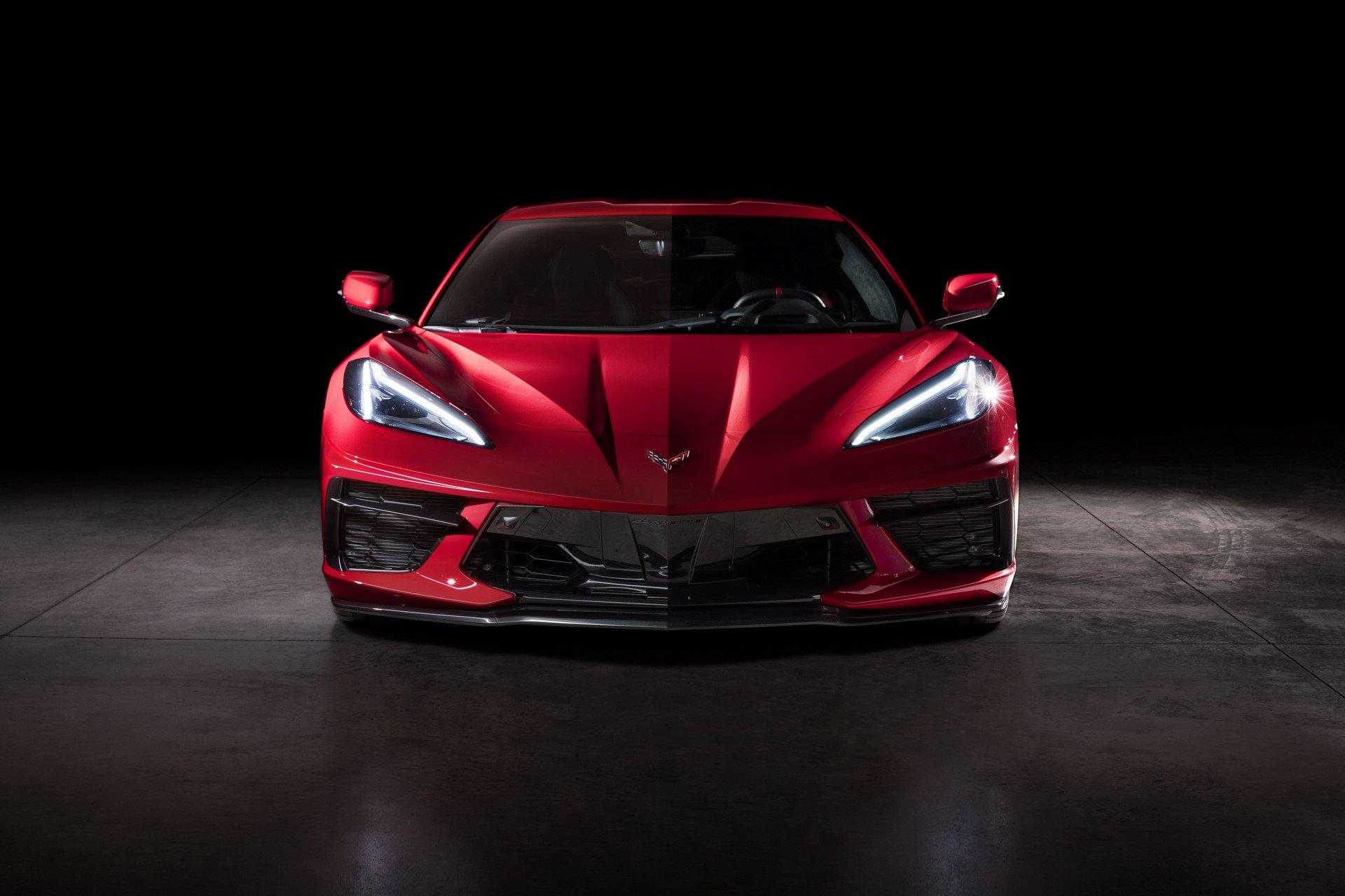 Chevrolet ra mắt Corvette C8 thế hệ mới thiết kế táo bạo, động cơ đặt giữa - 13