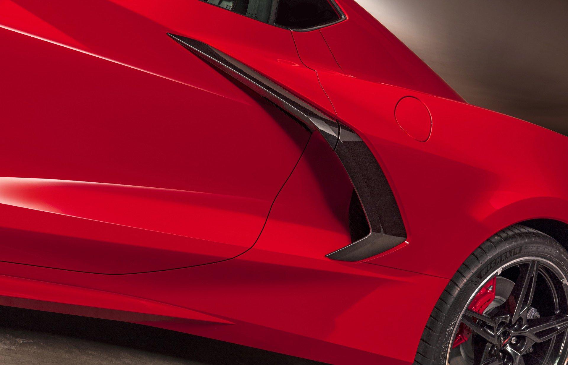Chevrolet ra mắt Corvette C8 thế hệ mới thiết kế táo bạo, động cơ đặt giữa - 11