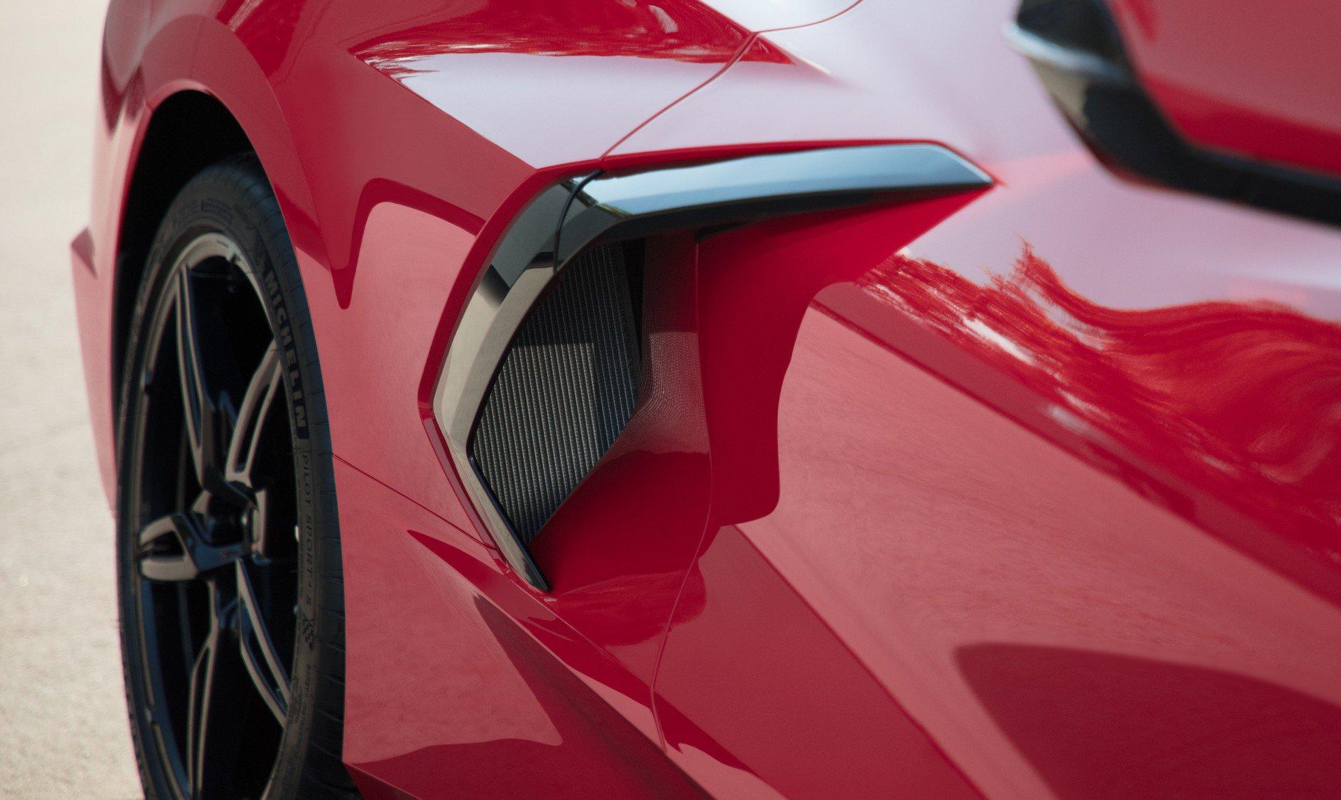 Chevrolet ra mắt Corvette C8 thế hệ mới thiết kế táo bạo, động cơ đặt giữa - 6