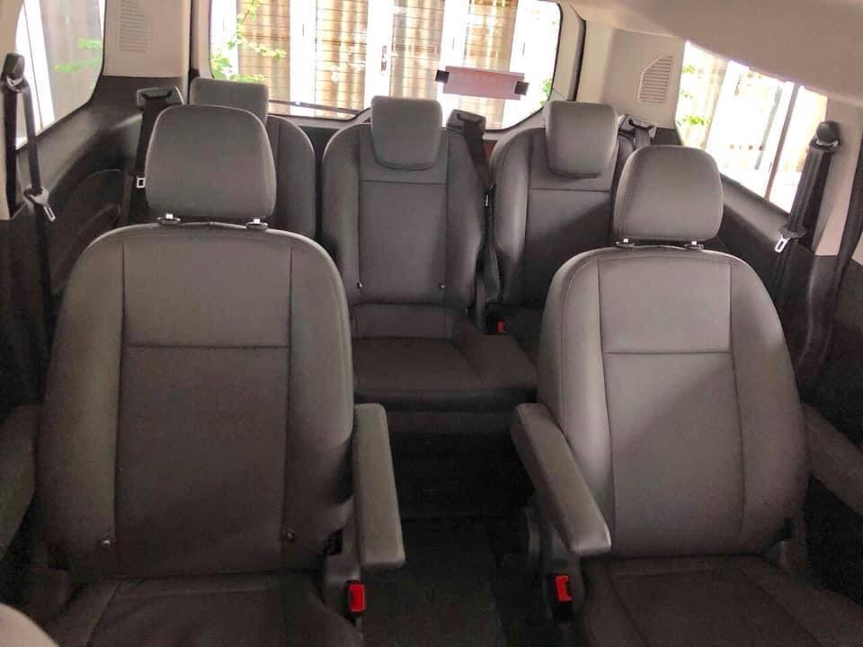 Hình ảnh thực tế mẫu xe MPV 7 chỗ Ford Tourneo sắp bán ra ở Việt Nam - 6