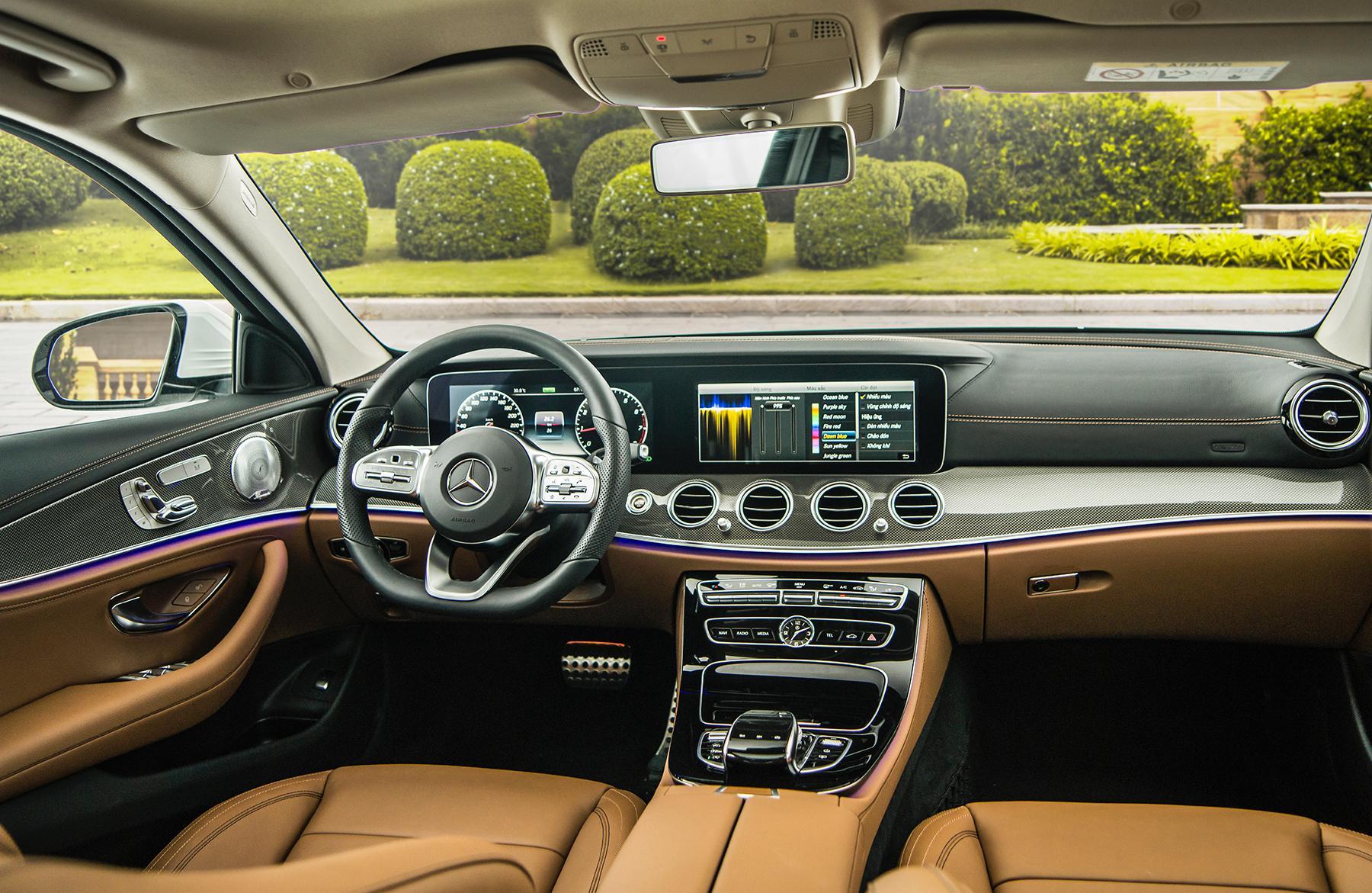 Mercedes-Benz E 350 AMG - phiên bản mạnh nhất dòng E-Class có giá 2,89 tỉ đồng - 26