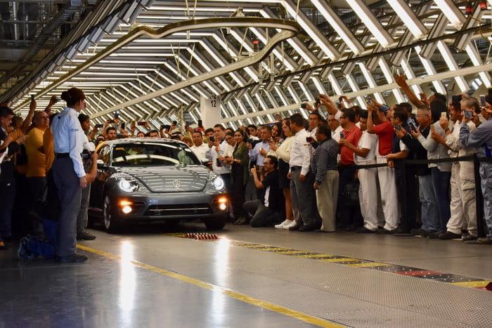 Chiếc Volkswagen Beetle cuối cùng được sản xuất tại Mexico - 13