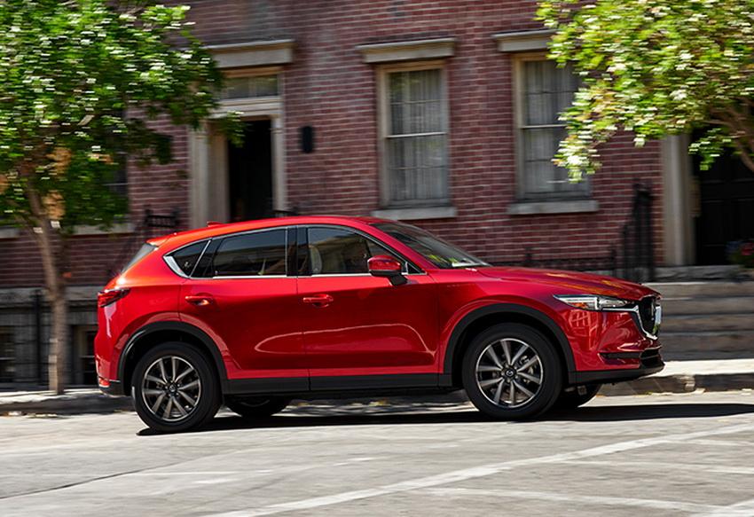 Nhiều ưu đãi cho khách hàng mua xe Mazda trong tháng 7 lên đến 100 triệu đồng - 1