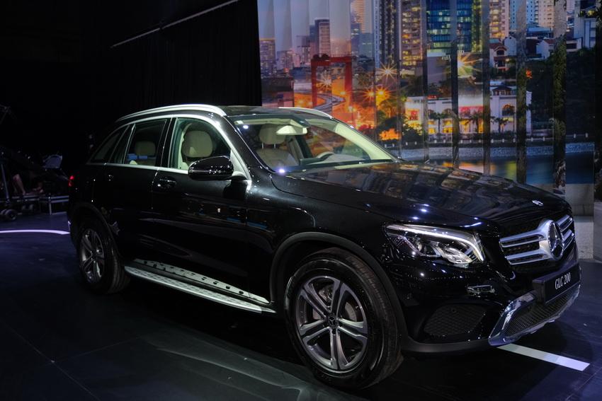 Khai mạc triển lãm Mercedes-Benz Fascination 2019 tại Hà Nội - 13