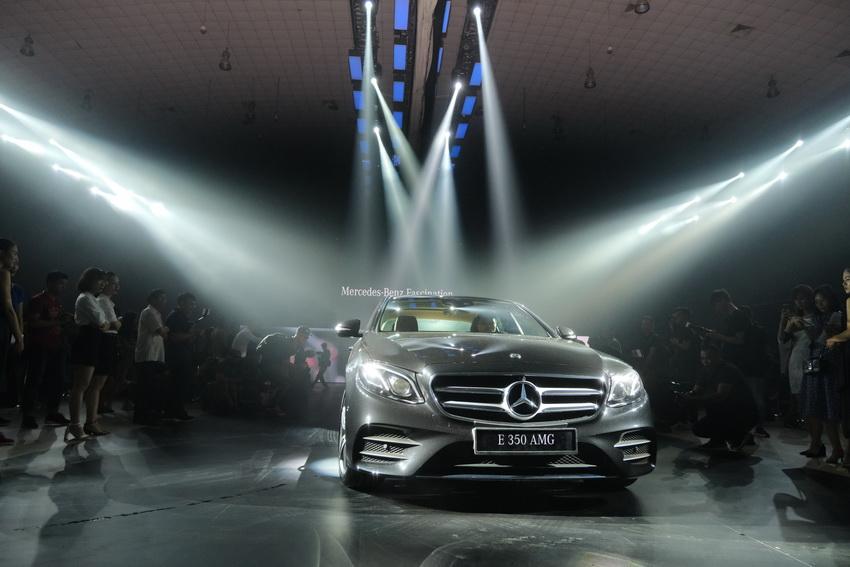 Khai mạc triển lãm Mercedes-Benz Fascination 2019 tại Hà Nội - 16