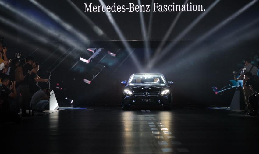 Khai mạc triển lãm Mercedes-Benz Fascination 2019 tại Hà Nội - 18