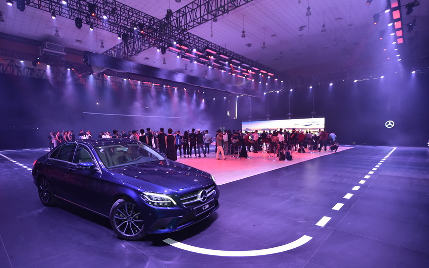 Khai mạc triển lãm Mercedes-Benz Fascination 2019 tại Hà Nội - 2