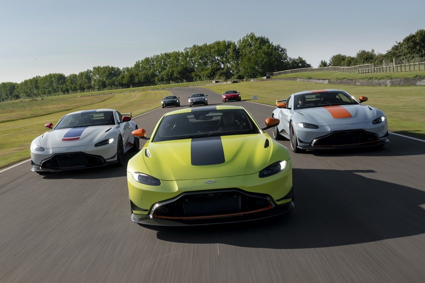 Aston Martin ra mắt bộ sưu tập xe đua Vantage Heritage Racing Edition - 5