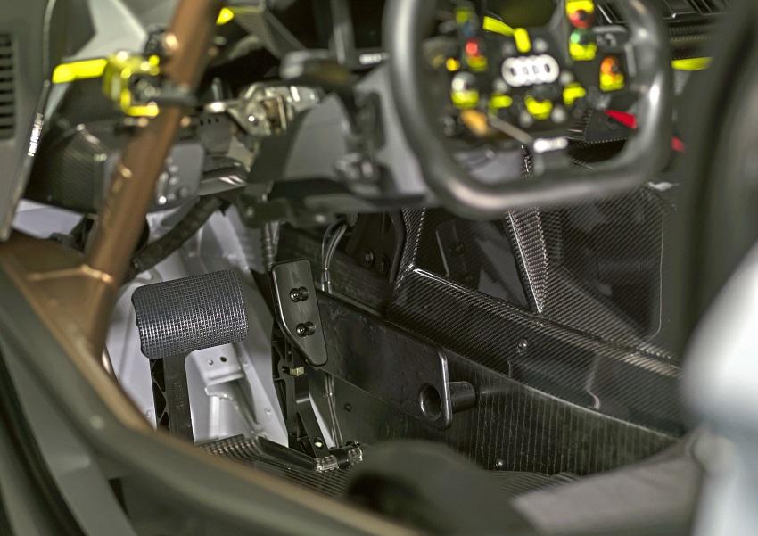 Audi Sport hé lộ mẫu xe đua mới R8 LMS GT2 công suất lớn nhất từ trước tới nay của hãng - 11