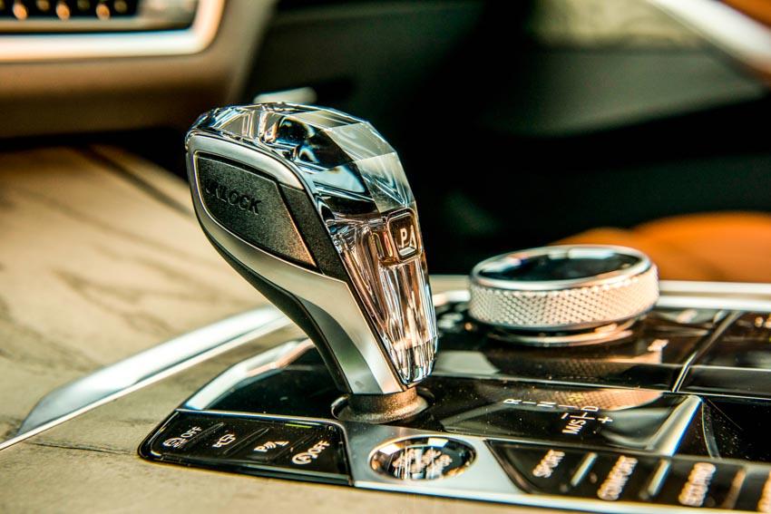 Cận cảnh mẫu xe BMW X7 thế hệ đầu tiên giá 7,499 tỉ đồng ra mắt tại Việt Nam - 21