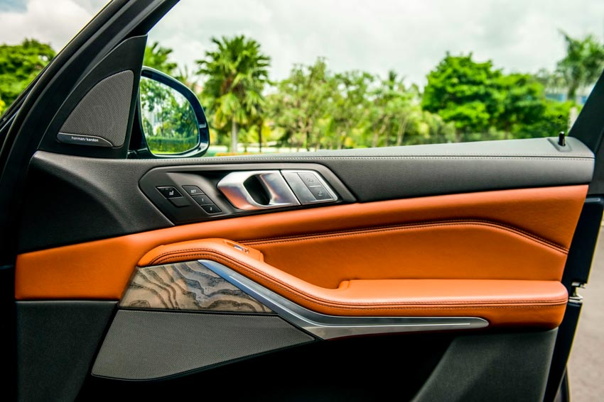 Cận cảnh mẫu xe BMW X7 thế hệ đầu tiên giá 7,499 tỉ đồng ra mắt tại Việt Nam - 33