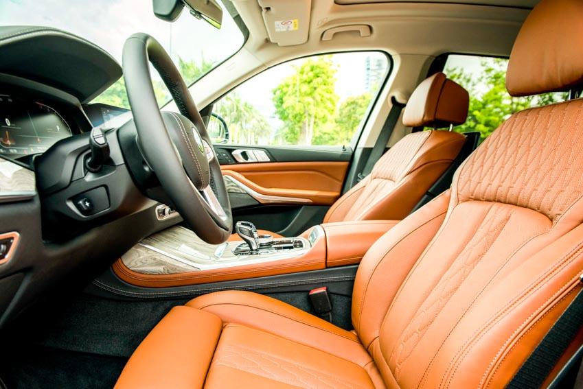 Cận cảnh mẫu xe BMW X7 thế hệ đầu tiên giá 7,499 tỉ đồng ra mắt tại Việt Nam - 18