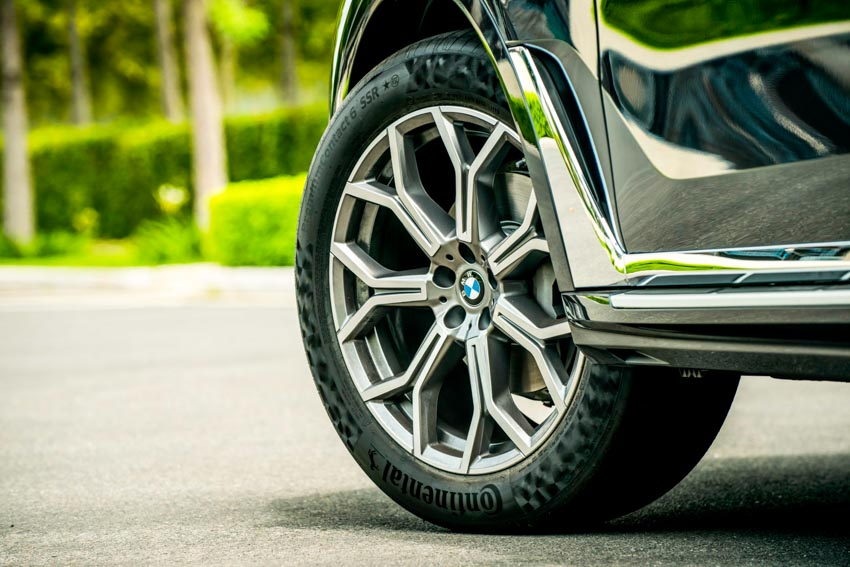 Cận cảnh mẫu xe BMW X7 thế hệ đầu tiên giá 7,499 tỉ đồng ra mắt tại Việt Nam - 58