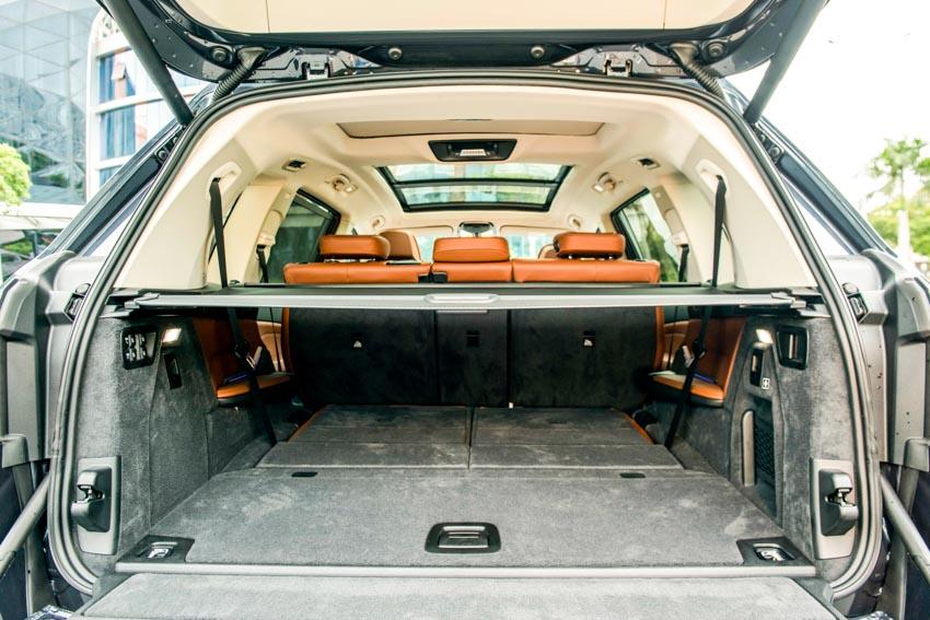 Cận cảnh mẫu xe BMW X7 thế hệ đầu tiên giá 7,499 tỉ đồng ra mắt tại Việt Nam - 15