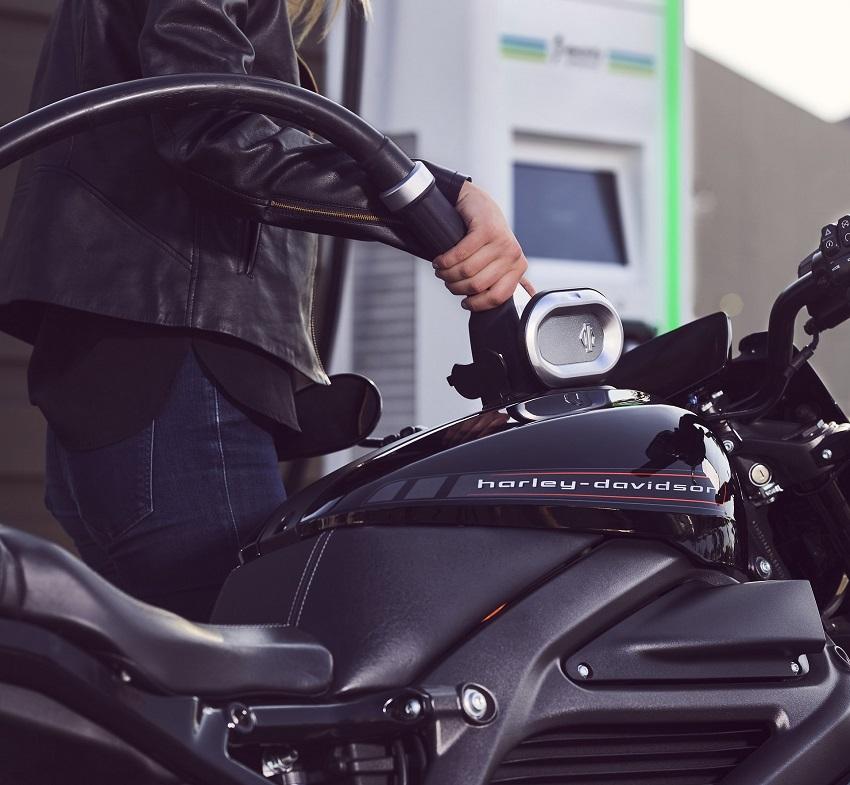 Electrify America hợp tác Harley-Davidson cung cấp sạc điện miễn phí - 5