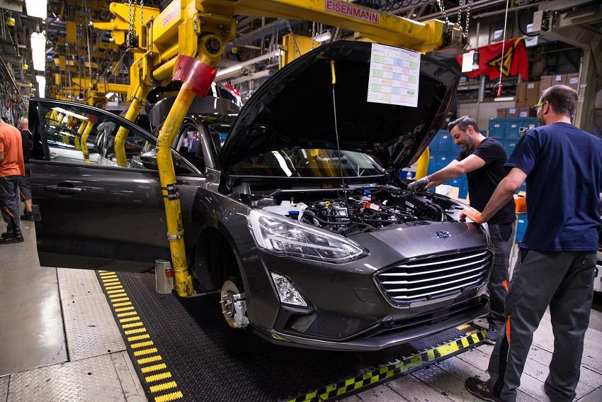 Ford cắt giảm 12.000 việc làm ở châu Âu và giới thiệu 3 dòng xe mới - 4