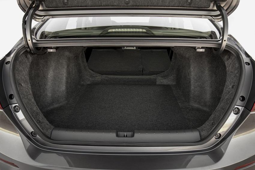 Honda Insight 2020 có giá từ 22.930 USD với công nghệ Honda Sensing - 9
