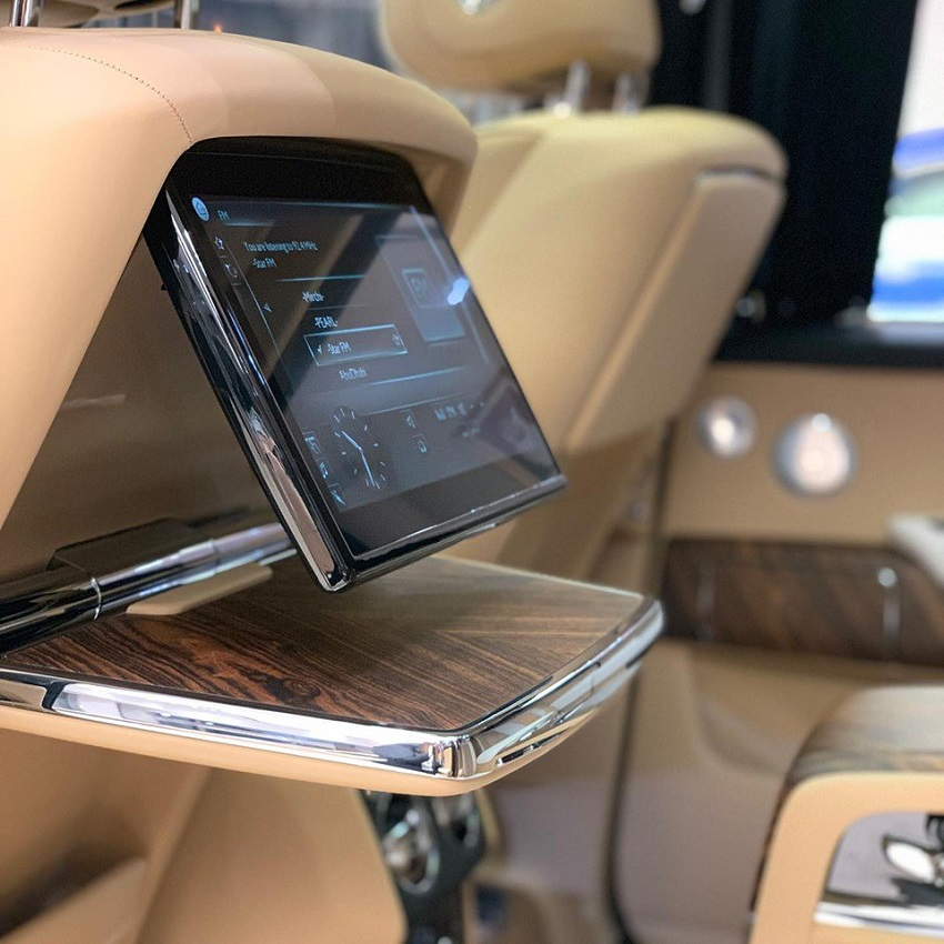 Petra Gold Rolls-Royce Cullinan sang trọng với thiết kế nội thất kiểu Moccasin - 10