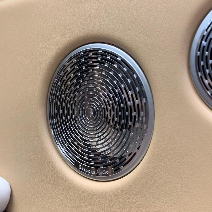 Petra Gold Rolls-Royce Cullinan sang trọng với thiết kế nội thất kiểu Moccasin - 12