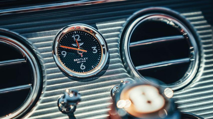 Trải nghiệm phiên bản Bentley Continental GT V8 2020 mới - 26