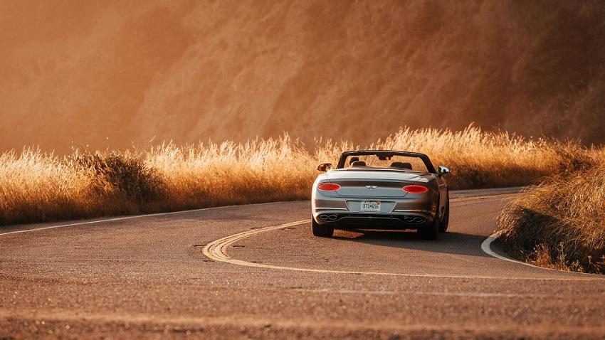 Trải nghiệm phiên bản Bentley Continental GT V8 2020 mới - 8