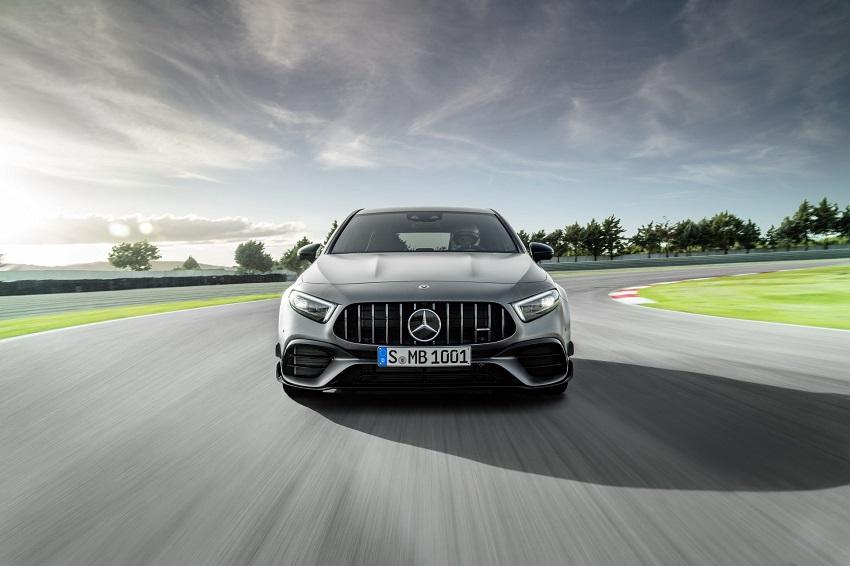 Siêu xe hiệu suất cao AMG A 45 và CLA 45 của Mercedes sở hữu thân xe nhỏ gọn - 12