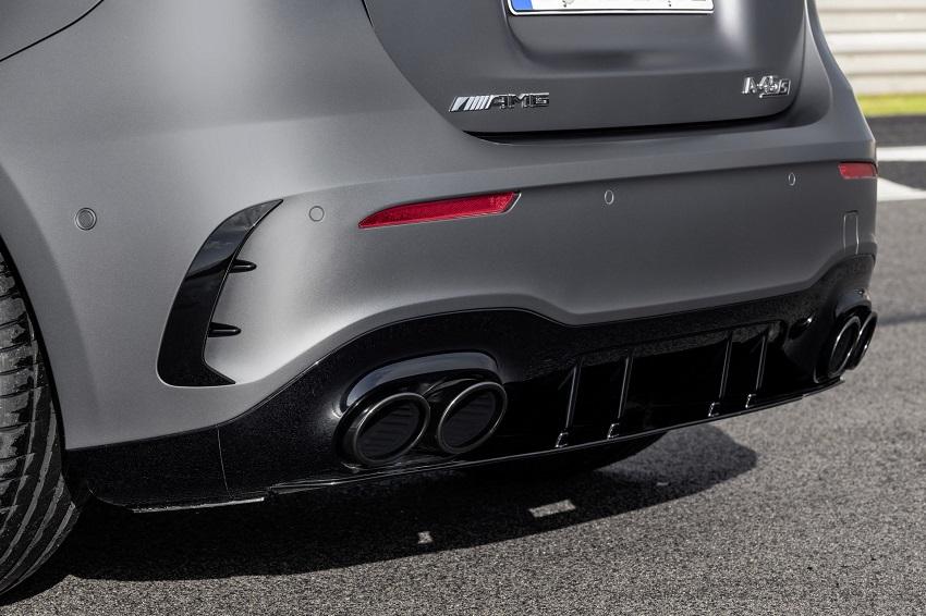 Siêu xe hiệu suất cao AMG A 45 và CLA 45 của Mercedes sở hữu thân xe nhỏ gọn - 25