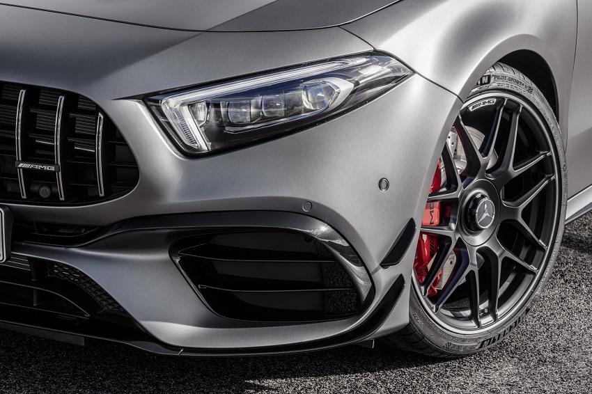 Siêu xe hiệu suất cao AMG A 45 và CLA 45 của Mercedes sở hữu thân xe nhỏ gọn - 26
