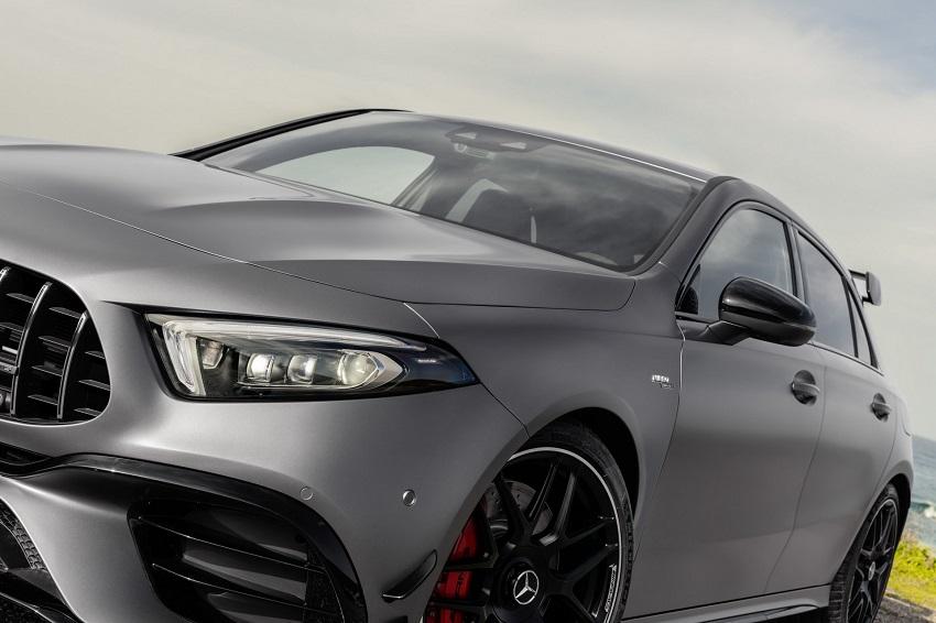Siêu xe hiệu suất cao AMG A 45 và CLA 45 của Mercedes sở hữu thân xe nhỏ gọn - 37