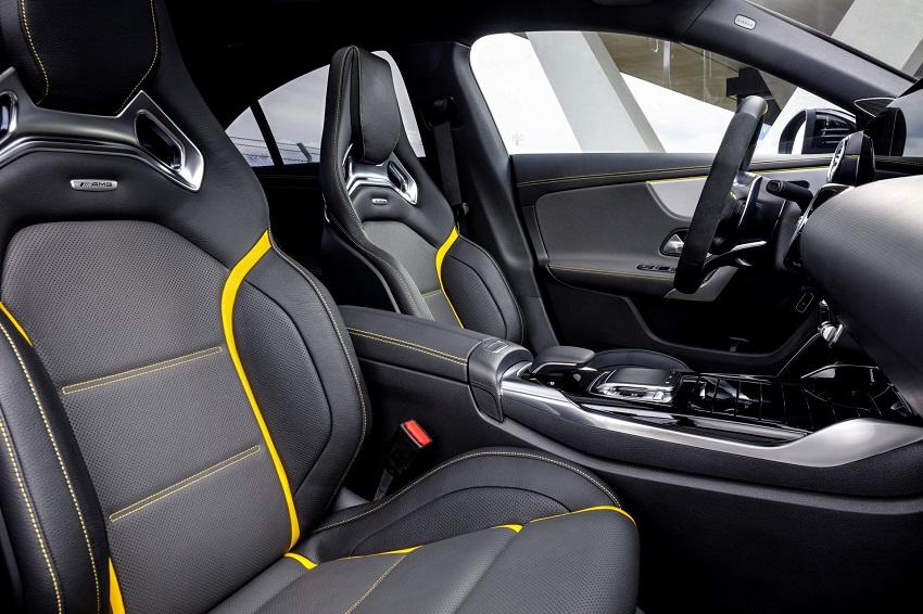 Siêu xe hiệu suất cao AMG A 45 và CLA 45 của Mercedes sở hữu thân xe nhỏ gọn - 45