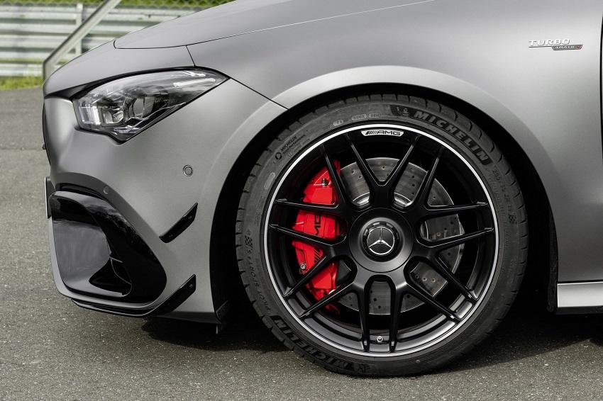 Siêu xe hiệu suất cao AMG A 45 và CLA 45 của Mercedes sở hữu thân xe nhỏ gọn - 51