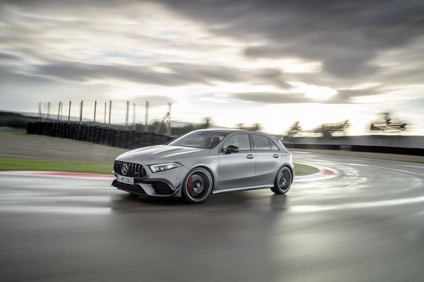 Siêu xe hiệu suất cao AMG A 45 và CLA 45 của Mercedes sở hữu thân xe nhỏ gọn - 8