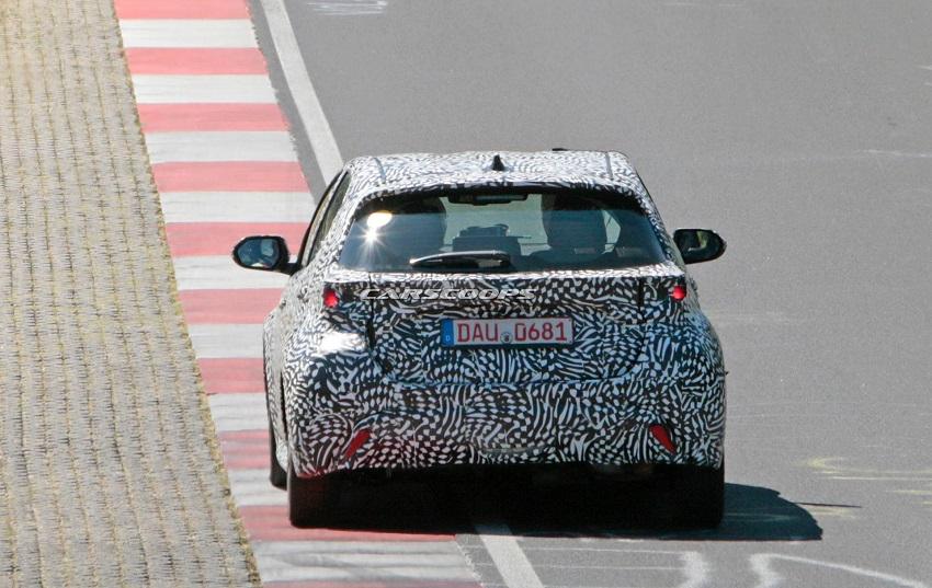Lộ diện Toyota Yaris 2020 phiên bản GR và Hybrid ẩn mình sau lớp ngụy trang - 15