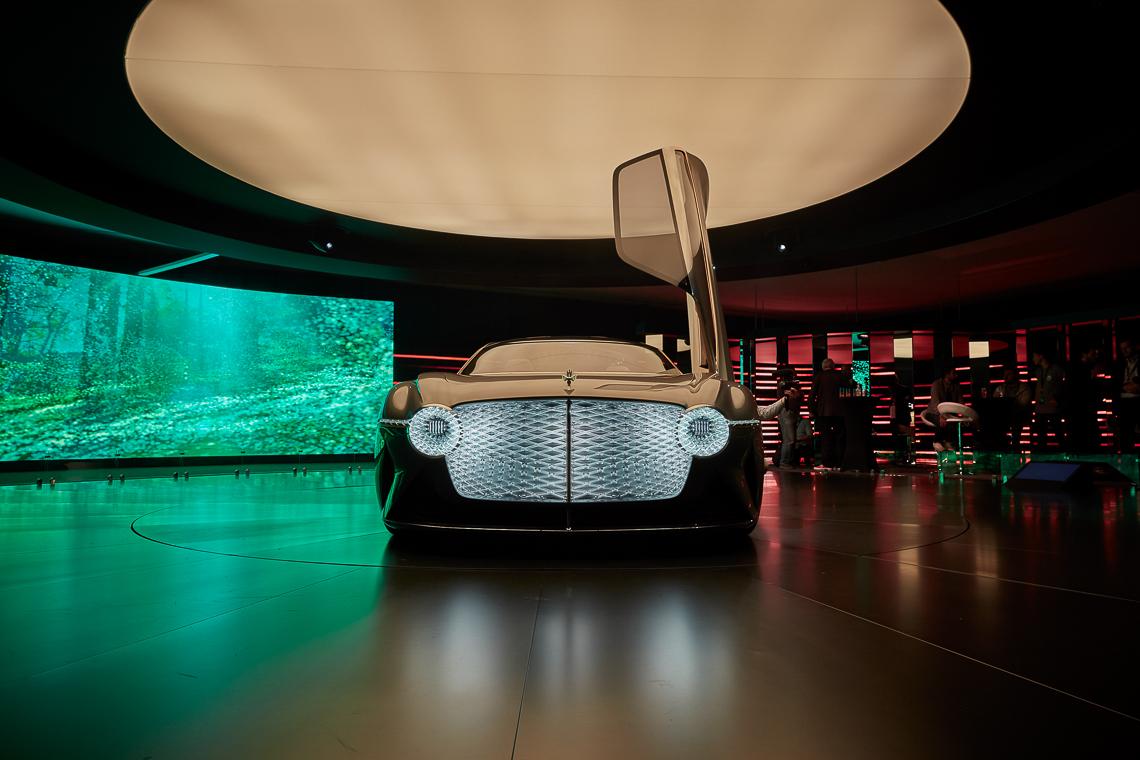 Mẫu xe ý tưởng Bentley EXP 100 GT, xe tự lái tương lai kỷ niệm 100 năm di sản Bentley - 11