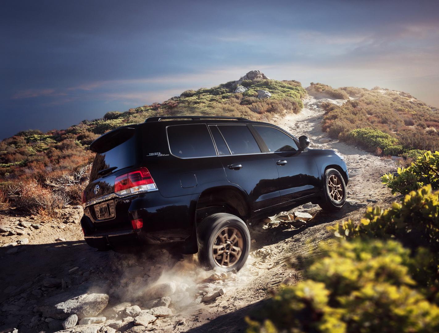 """Toyota Land Cruiser 2020 phiên bản """"di sản"""" kỷ niệm sự khởi đầu vào thị trường Mỹ - 7"""