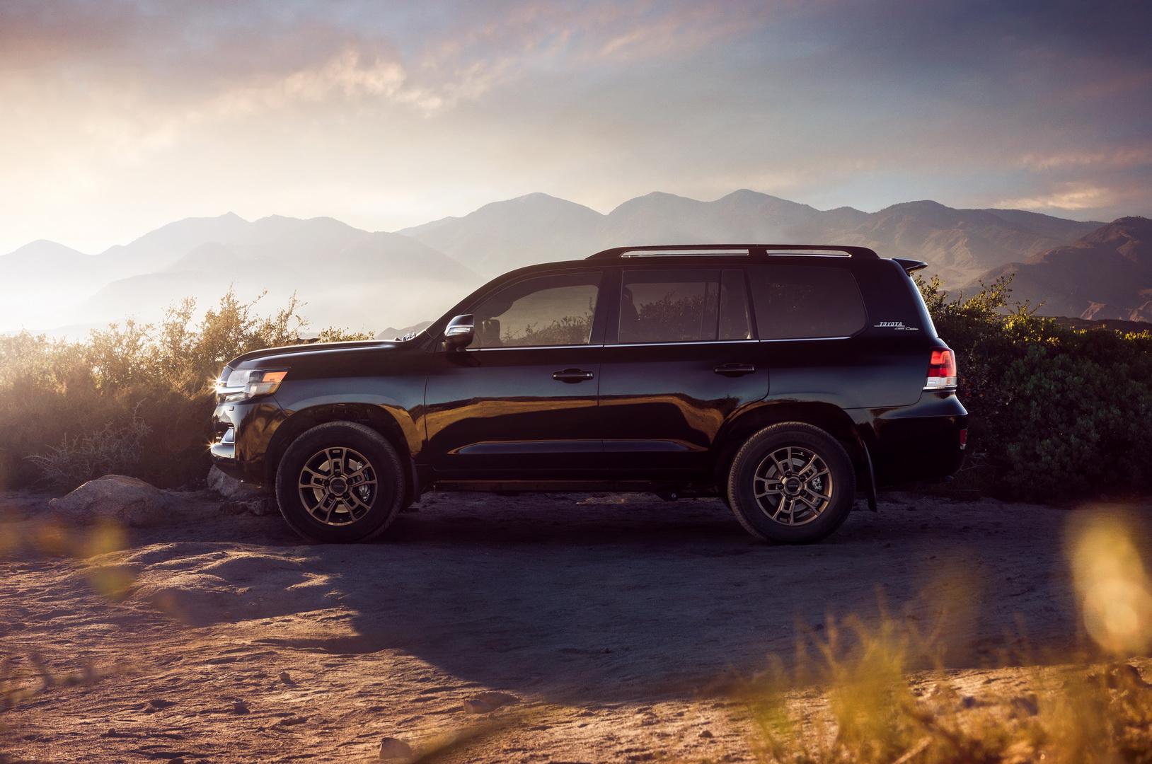 """Toyota Land Cruiser 2020 phiên bản """"di sản"""" kỷ niệm sự khởi đầu vào thị trường Mỹ - 4"""