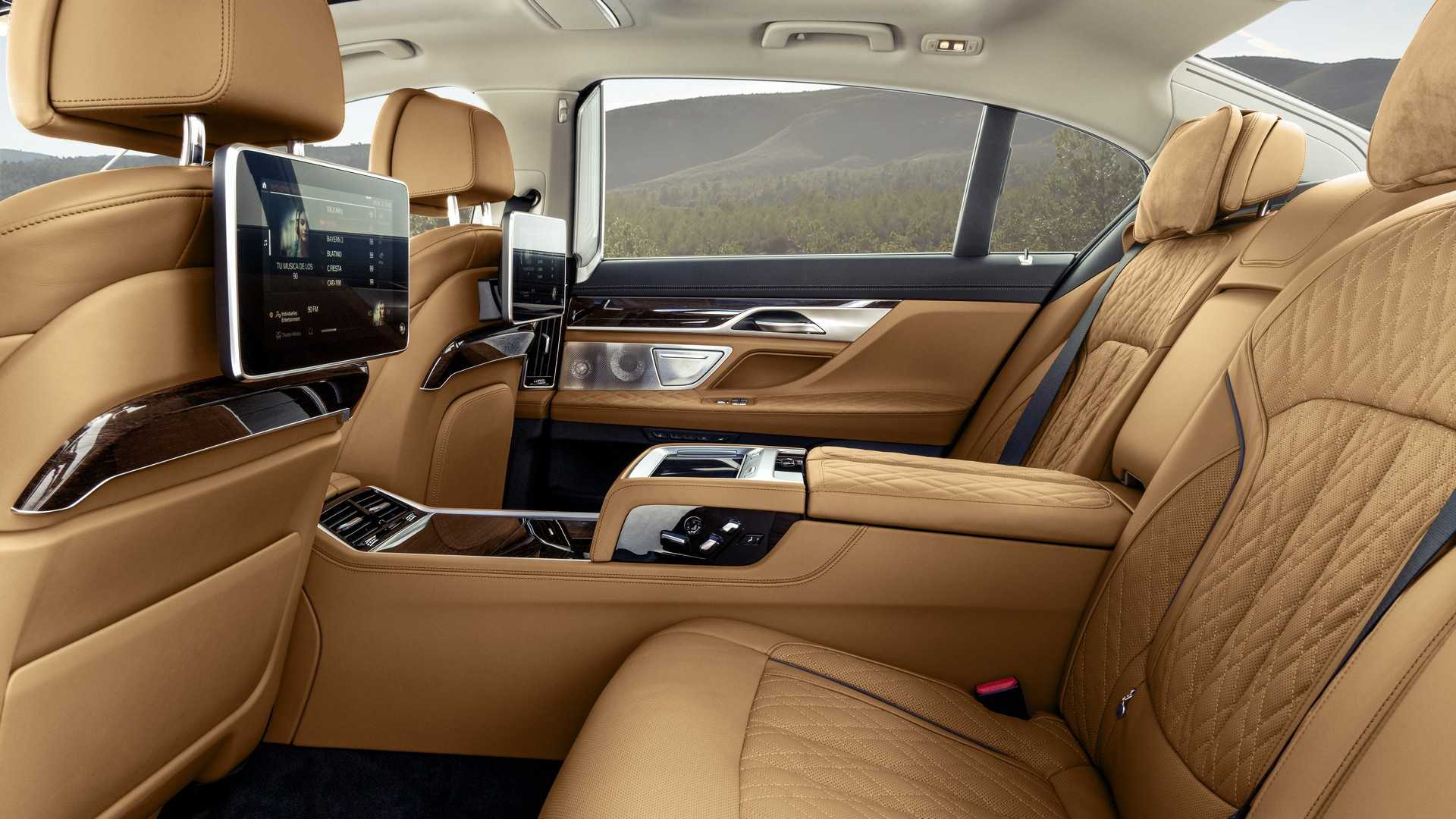 BMW 7 Series thế hệ mới sẽ có thêm bản chạy điện hoàn toàn - 31