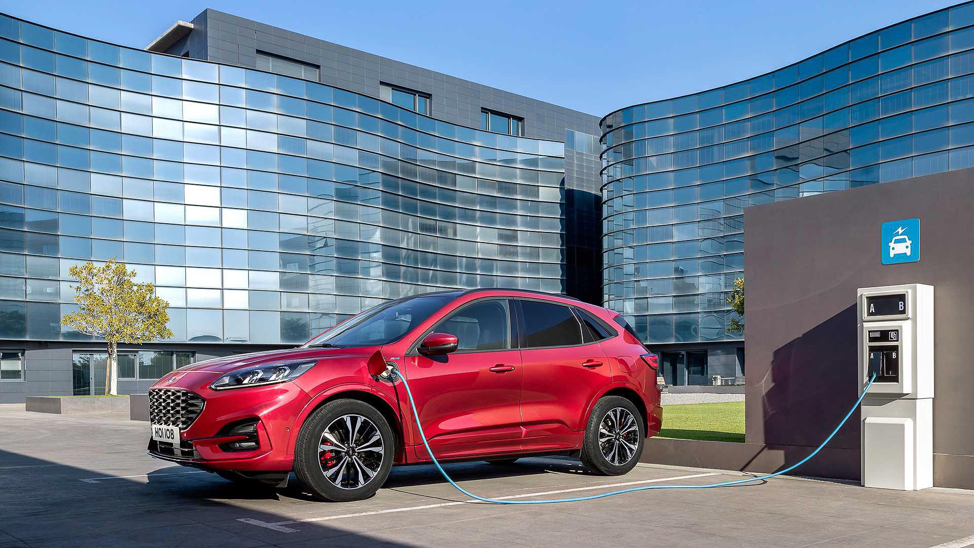 Ford Escape 2020 phiên bản mới hoàn toàn có trở lại Việt Nam? - 1