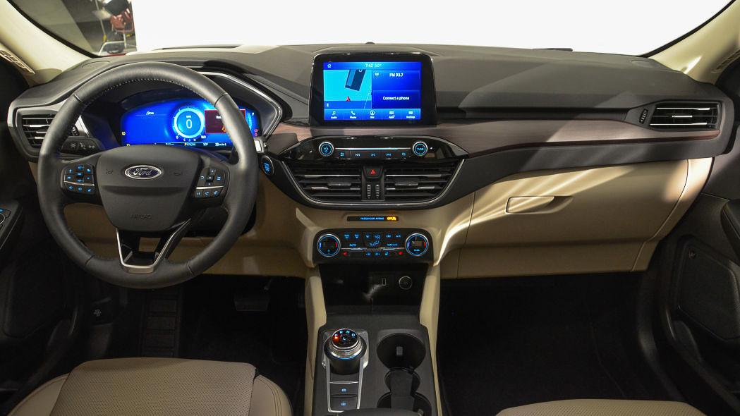Ford Escape 2020 phiên bản mới hoàn toàn có trở lại Việt Nam? - 22