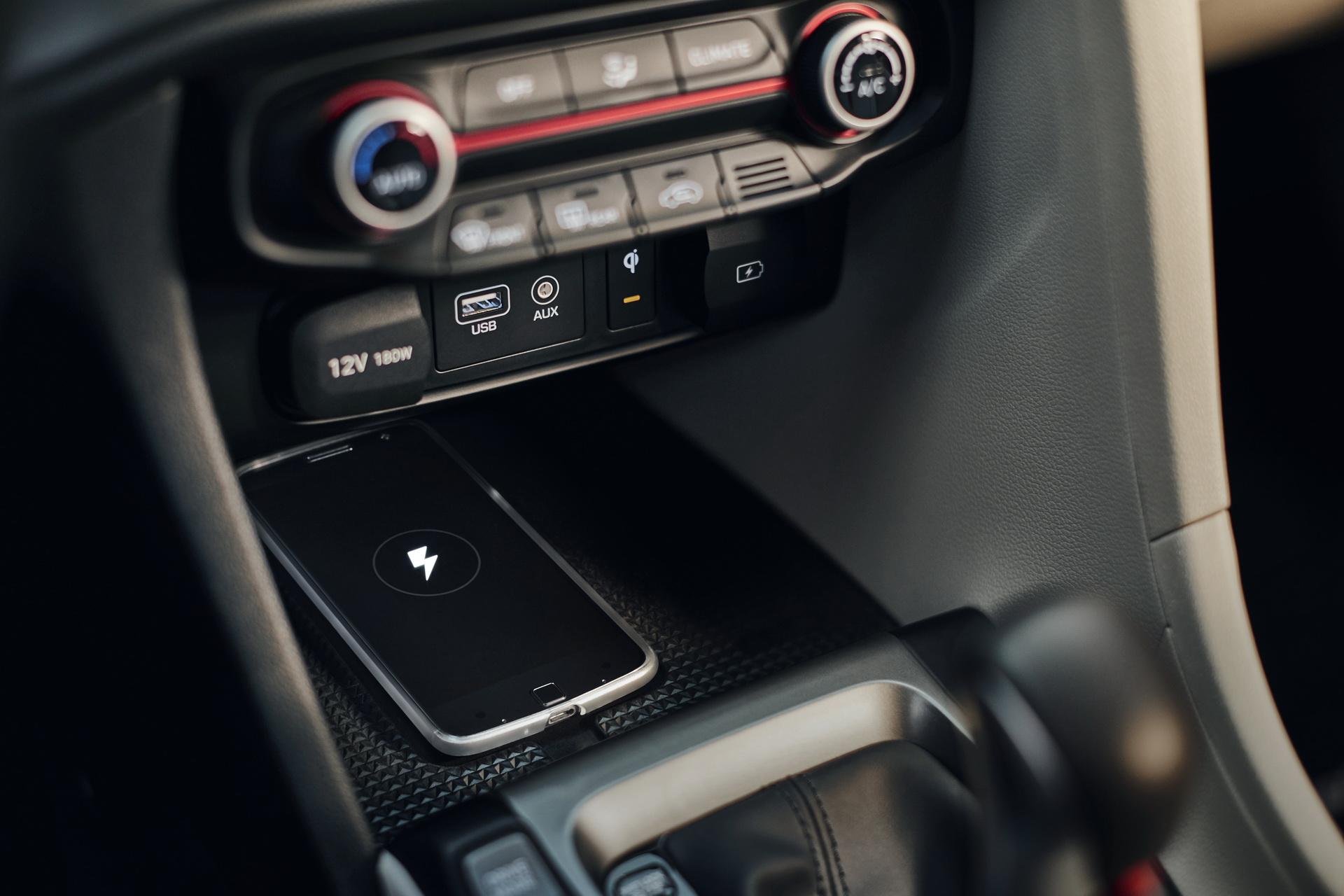 Hyundai Veloster 2020 ra mắt với nhiều nâng cấp mới - 10