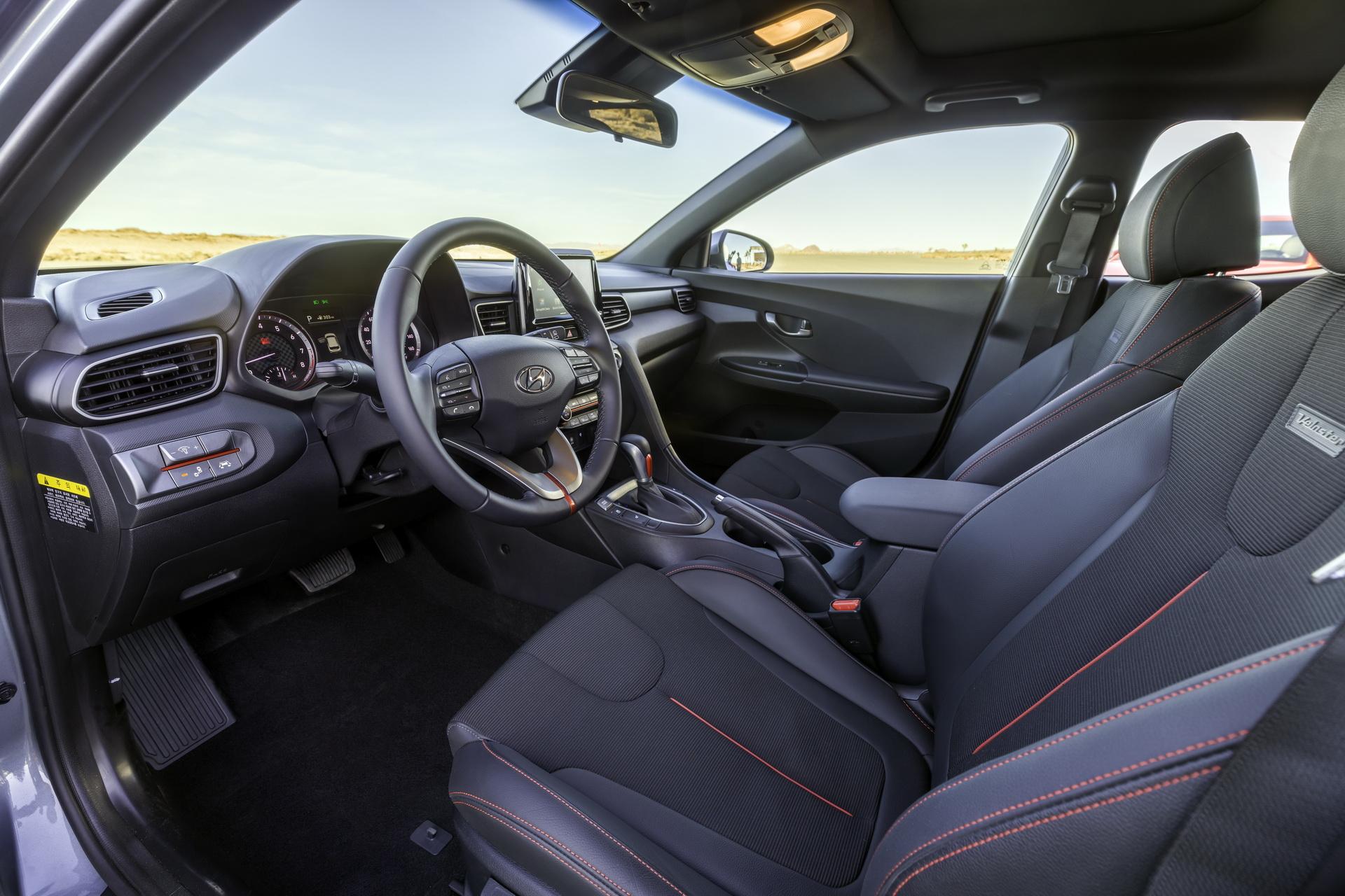 Hyundai Veloster 2020 ra mắt với nhiều nâng cấp mới - 15