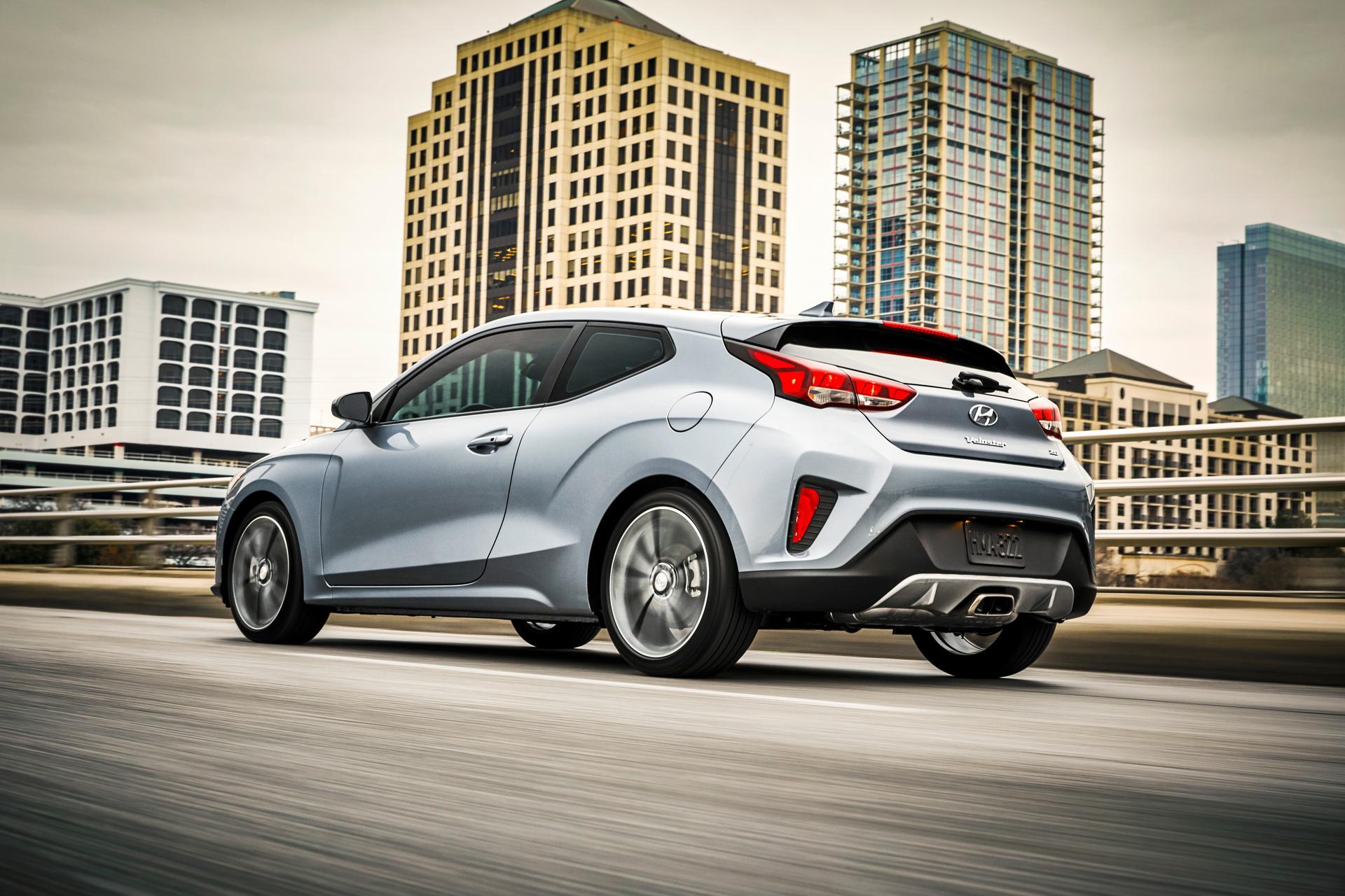Hyundai Veloster 2020 ra mắt với nhiều nâng cấp mới - 17