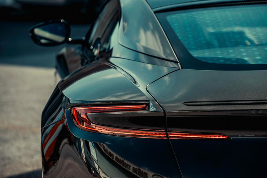Aston Martin DB11 V8 phiên bản độc Kopi Bronze vừa thông quan, chuẩn bị bàn giao đến chủ nhân - 11
