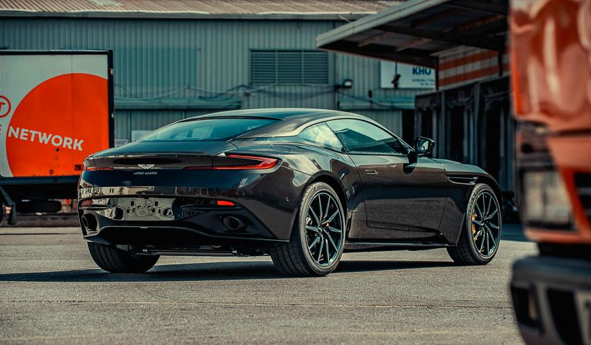 Aston Martin DB11 V8 phiên bản độc Kopi Bronze vừa thông quan, chuẩn bị bàn giao đến chủ nhân - 21